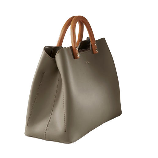 Inyati Olive Handbag Design award contender. And still delightfully affordable. The elegant, puristic handbag by Inyati.