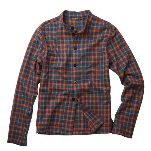 Hollington Tyrol Overshirt Exactly on the overshirt trend: Hollington's classic Tyrol jacket. Legendary design. Extra-warm wool flannel.