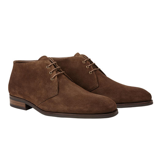 Profession Bottier Lambskin Chukka Boots This is how fashionably slim and elegant warm lambskin shoes can be. The chukka boots by Profession Bottier,