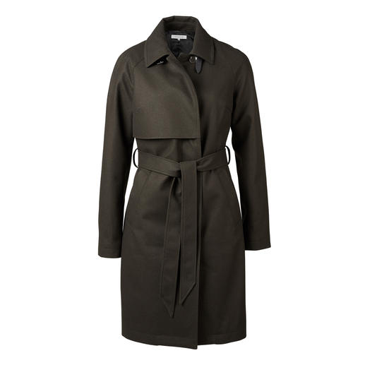 Scandinavian, reduced Clean Chic with hidden talents. Scandinavian, reduced Clean Chic with hidden talents. The weather-proof wool trench coat from Johnnylove.