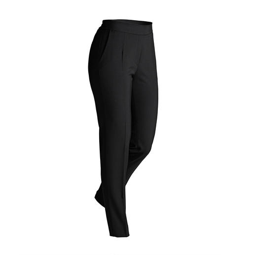 RAPHAELA-BY-BRAX 24-Hour Trousers These 24-hour trousers are crease-resistant, suitcase-friendly, easy to care for and incredibly comfy.
