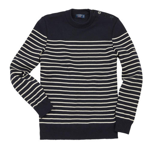 The original Breton fisherman's sweater: Made by Saint James for 130 years. The original Breton fisherman's sweater: Made by Saint James for 130 years.