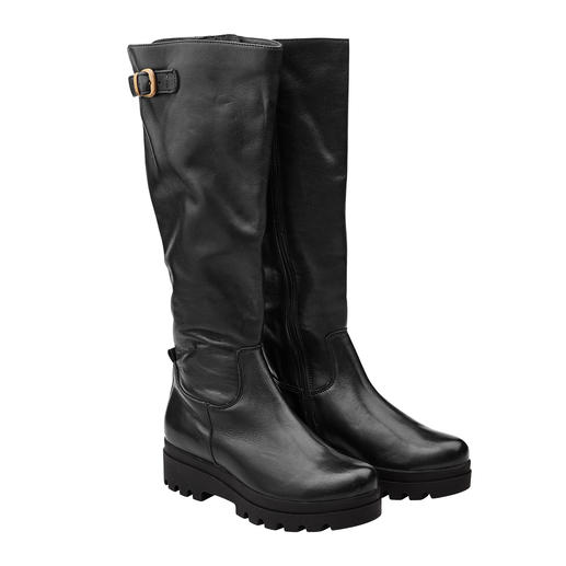 Werner Platform Boots Soft and light, despite trendy coarse look. Platform boots by Werner.  Made of vegetable tanned leather.