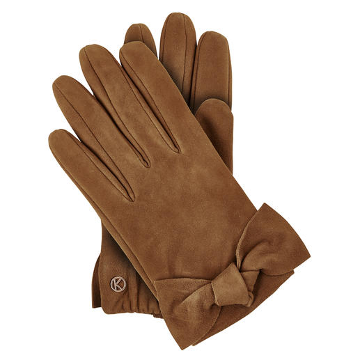 Exceptionally feminine for leather gloves. Delightfully affordable for the quality. Exceptionally feminine for leather gloves. Delightfully affordable for the quality. Handmade by Otto Kessler,