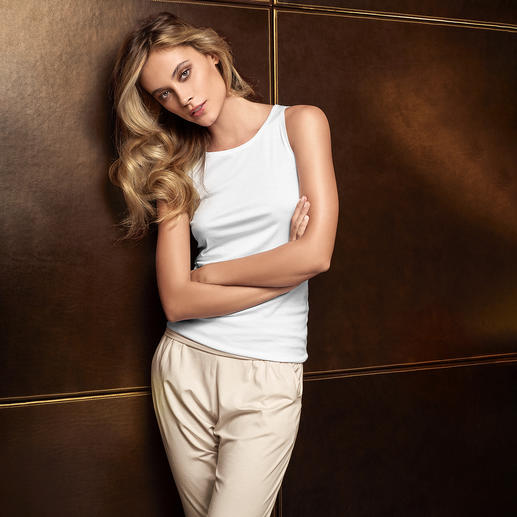 Zimmerli Sea Island Women's Briefs or Top Treat your skin to one of the most delicate cotton varieties in the world. Sea Island underwear by Zimmerli.