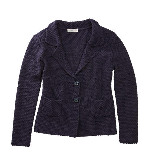 Carbery Brickwork Knitted Blazer - More shape-retaining than most: The knitted blazer made of supple fabric with brickwork textured pattern.
