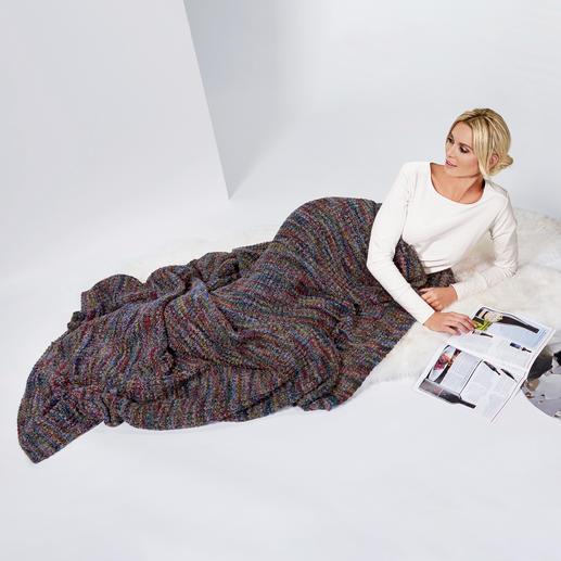 Kero Design Multicolour Knit Plaid Colourful, but not loud. Incomparably soft. And fits every home environment.
