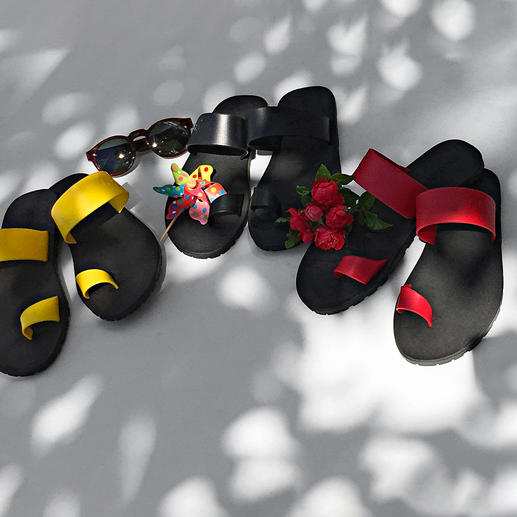 Paanda® sandals - The deluxe version of simple beach sandals. Original Paanda® sandals. Made in Italy.