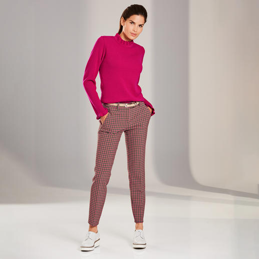 Frilled Mixed Pattern Pullover - Frills, mixed patterns and vibrant Colour Pops: Three trends – yet not too flamboyant.