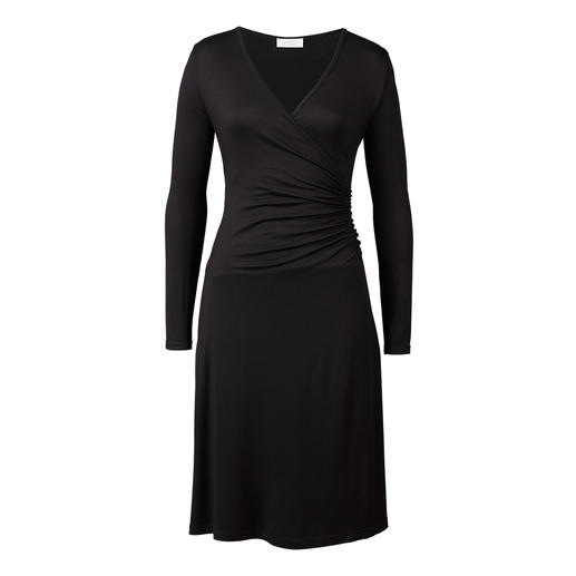 Klaus Dilkrath LBD The little black dress for every day. Made of simple viscose-jersey. By Klaus Dilkrath.