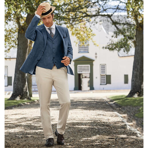 Carl Gross Linen Waistcoat or Sports Jacket Look a true gentleman – even when it's over 30 degrees. A rare find: A two-piece ensemble made of pure linen.