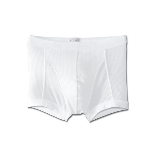 NOVILA-Underwear Delicate, silky, like wearing nothing – yet hardwearing, stays in shape and easy to care for.
