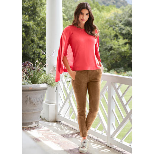 Soft just got softer. Viscose from bamboo/cashmere. Soft just got softer. Viscose from bamboo/cashmere. The summery lightweight fine-knit twinset by Benbarton.