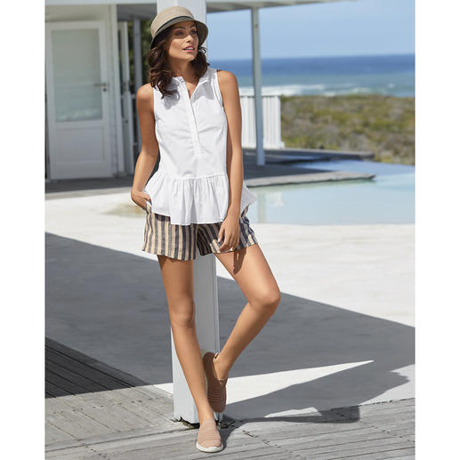 TWINSET blouse tank top or linen shorts It is rare that a sporty trend ensemble is so stylish, feminine and grown up. By TWINSET, Milan.