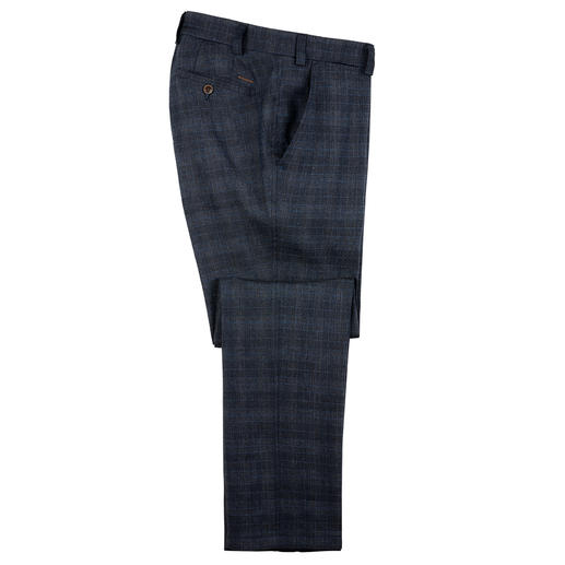 Eurex by Brax Linen Blend Business Trousers Airy, but not too casual: The linen trousers for everyday wear. Dark blue Prince-of-Wales check.