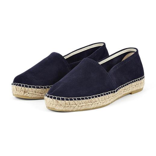 Durable suede leather instead of canvas. Hand-sewn instead of mass-produced. Durable suede leather instead of canvas. Hand-sewn instead of mass-produced. Elegant espadrilles by [espadrij].