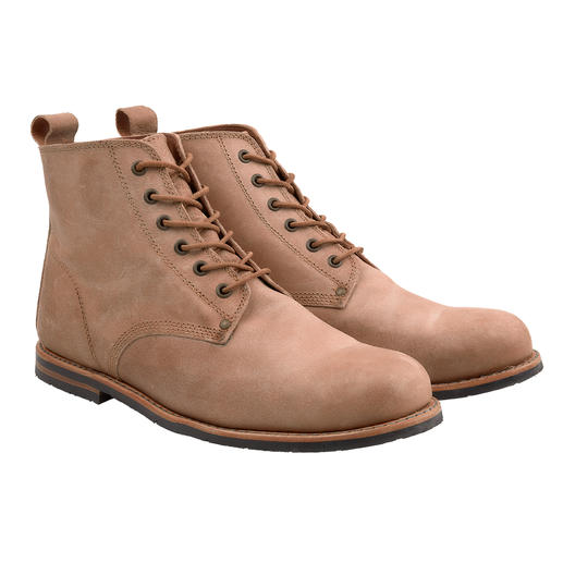 Portuguese Worker Boots On-trend and rarely so authentic: The traditional worker's boots from Portugal. Indestructible.
