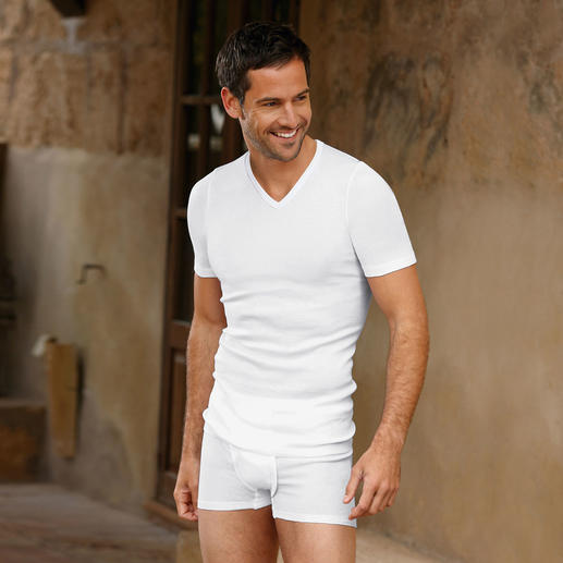 Hanro Underwear for Men Swiss underwear by Hanro – unsurpassed for more than 130 years.