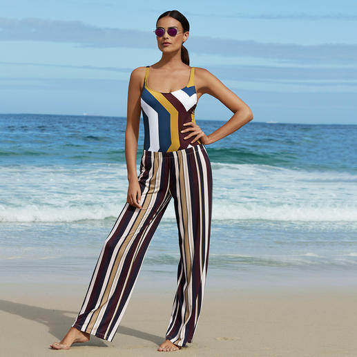 Striped Marlene Trousers or Shaping Swimsuit Hard to find: A beautiful silhouette plus a fashionable look. Shaping swimsuit in on-trend sporty chic style.