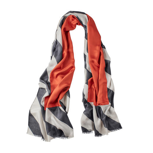 Abstract Reversible Scarf Today a classic in black and grey. Tomorrow a fashion highlight with brick red accents.
