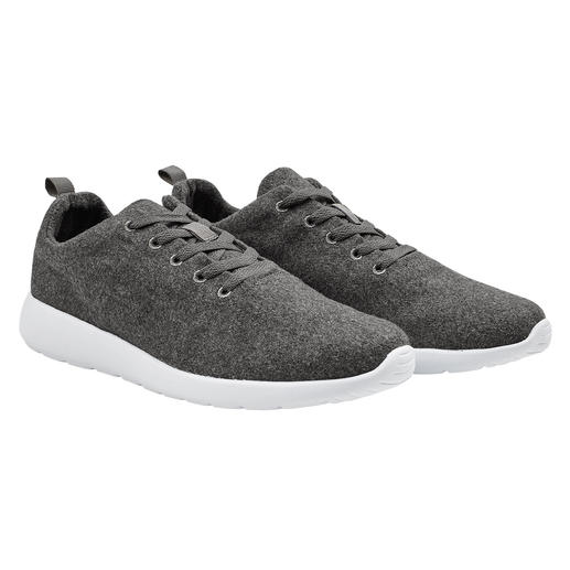 The 170g (6 oz) sneakers: Lightweight combination of on-trend felted wool and EVA foam. The 170g (6 oz) sneakers: Lightweight combination of on-trend felted wool and EVA foam.