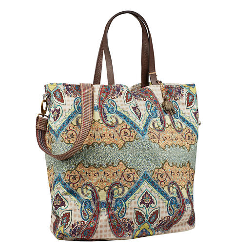 Anokhi XL 4-in-1 Bag Two designs and two shapes = One bag – four looks. By trend label Anokhi Münich.