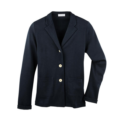 T-Shirt Blazer Smart as a blazer. Light and airy as a T-shirt. The 265g (9.3 oz) blazer made of fine, Italian cotton jersey.