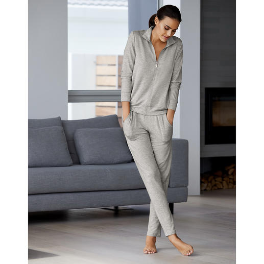 Modal Home Wear As light as a T-shirt and always silky soft: That's what home wear needs to be today.