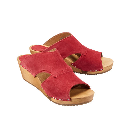 "Sanita® Wooden Sandals ""Hygge"" for your feet: Fashionable wooden sandals with soft suede leather and comfortable Flex sole."