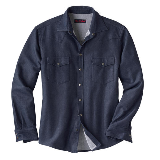 Flannel Denim Shirt This denim shirt is also suitable for winter. Made of soft flannel.