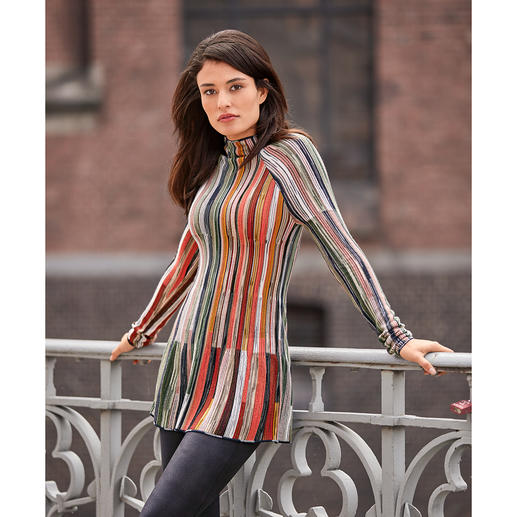 M Missoni Turtleneck Pullover Extravagant shape. Colour: Multicolour. Current fashion colours. By M Missoni.