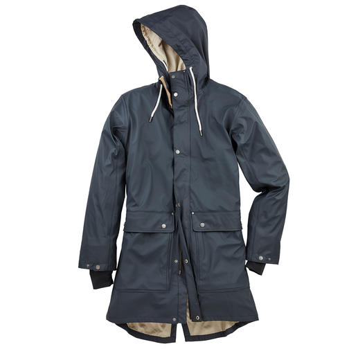 Tretorn Friesennerz 2.0 Men's Raincoat Softer. More sophisticated. Sustainable. The Friesennerz raincoat made from 100% recycled PU. From Tretorn.
