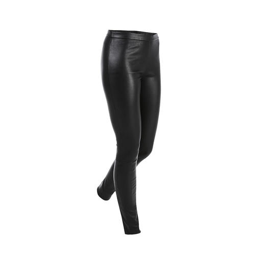 Tight fit but still super comfortable: The stretch leather leggings from Danish leather specialist Depeche. Tight fit but still super comfortable: The stretch leather leggings from Danish leather specialist Depeche.