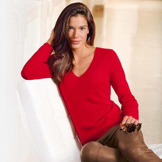FTC Cashmere Polo Neck and V-Jumper As airy as a shirt. Except it's made from the finest downy-soft cashmere.