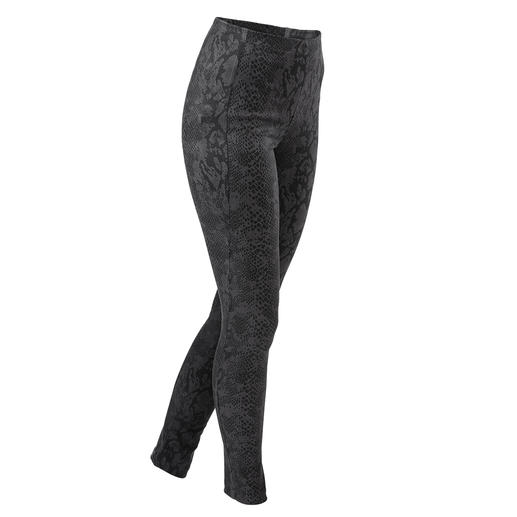 Faux Leather Janice & Jo Leggings, Snake - Luxurious imitation ­leather leggings from the specialist fashion label: Janice & Jo, France.