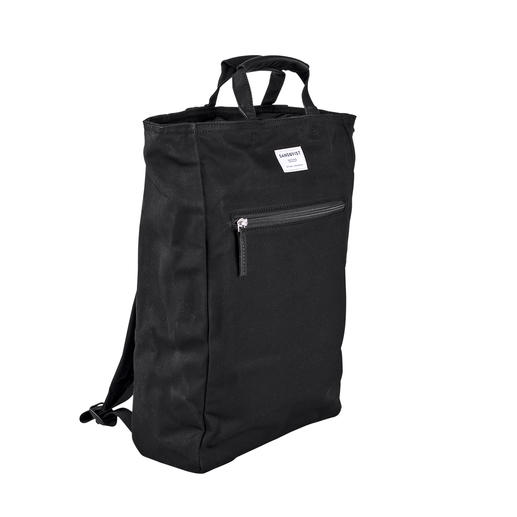 Scandinavian purist design. Ecologically sustainable material. And at a good price. The sturdy 12 oz canvas, 2-in-1 backpack. From Sandqvist, Sweden.