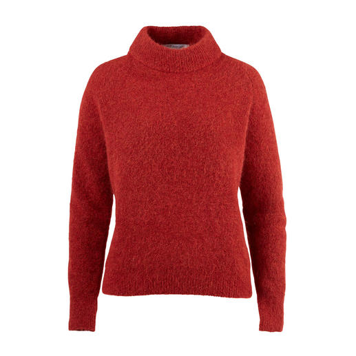 Less fuzz, more fashion: the mohair pullover from Johnnylove, Norway. Less fuzz, more fashion: the mohair pullover from Johnnylove, Norway.