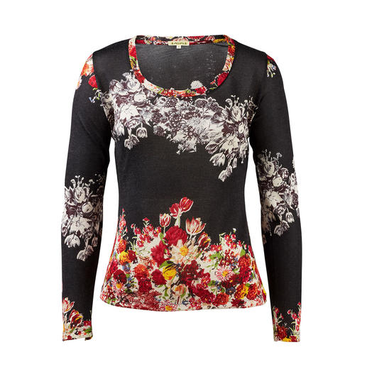 Pashma 30-gauge floral pullover, black - Very few fashionable print pullovers are this luxurious (and yet affordable). By Pashma, India.
