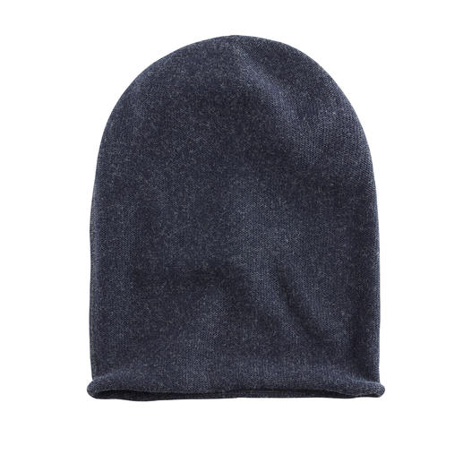 Seldom Seamless Reversible Hat