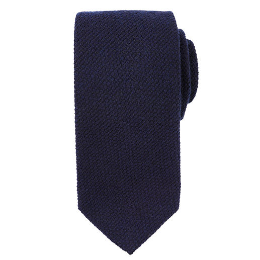 Blick Cashmere/Silk Tie Knitted wool look made of cashmere and silk. Classic pointed shape.