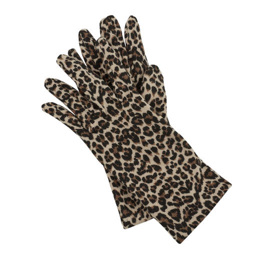 Animal print instead of plain and boring. Animal print instead of plain and boring. Fleece gloves by Ixli, France.