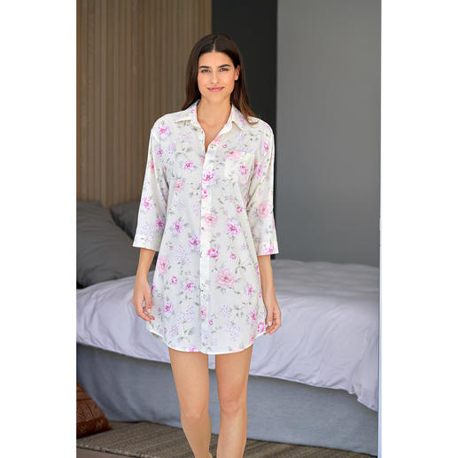 Ralph Lauren Flowers Nightdress - Few nightdresses are this stylish. Airy batiste made of cotton and viscose. By Ralph Lauren, New York.