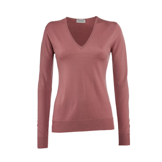 Handbag Pullover It doesn't get any finer. These featherweight pullovers by John Smedley fit into every handbag.