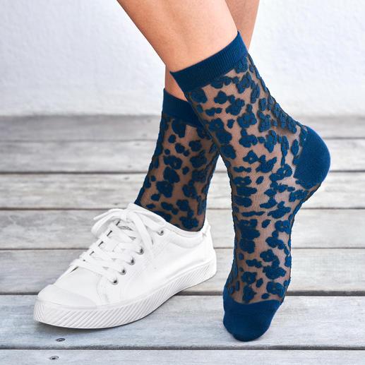 ELBEO Leopard Skin Pattern Socks The fashionable nylon socks with leopard skin pattern from the oldest hosiery brand in the world: ELBEO.