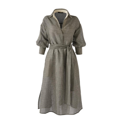 Rarely this feminine: Shirt-dress made of airy cotton/linen seersucker. Rarely this feminine: Shirt-dress made of airy cotton/linen seersucker. From Seventy Venezia.