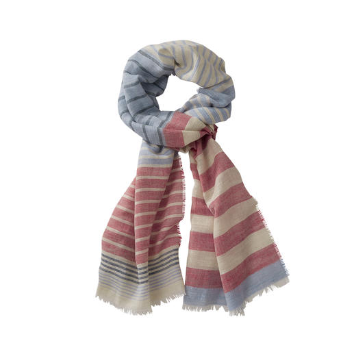 Fine material. Distinguished origin. Good price. Fine material. Distinguished origin. Good price. Striped scarf made of wool, silk and linen.