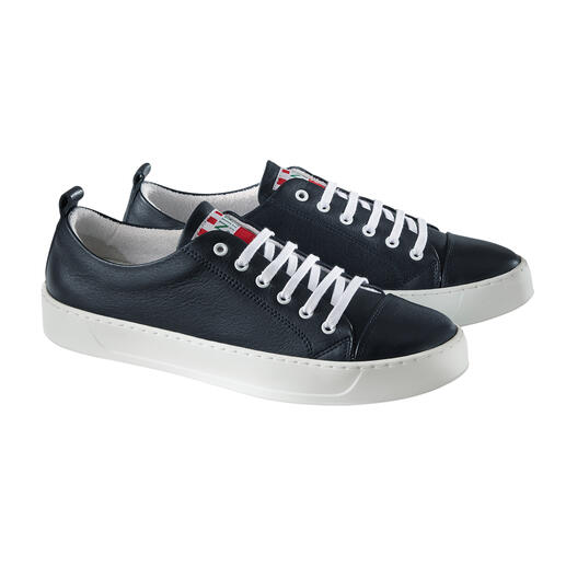 Always look well-groomed: Washable leather sneakers from Spanish cult brand Snipe®. Always look well-groomed: Washable leather sneakers from Spanish cult brand Snipe®.