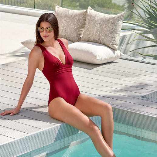 Iodus Swimsuit Marilyn Plain simplicity, yet anything but dull: Refined and elegant swimwear by Iodus, Paris.