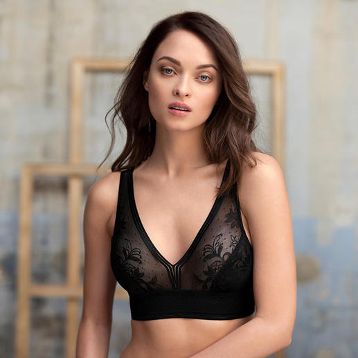 Wacoal Bralette Fashionably important bralette style – now also available in up to cup size E.