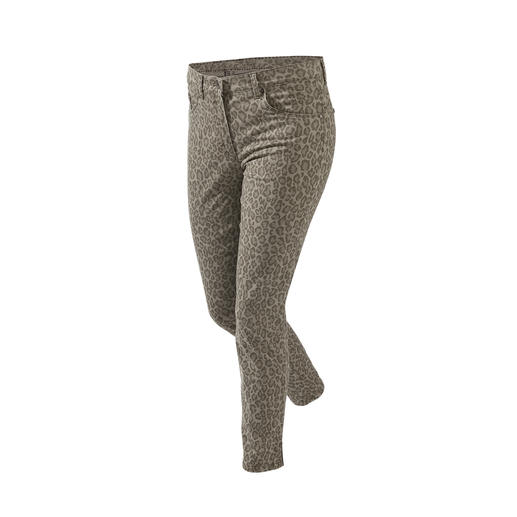 RAPHAELA-­BY-­BRAX Magic Waistband Trousers Leopard Probably the most comfortable trousers you'll ever own: The Magic Waistband trousers by ­Raphaela-by-Brax.